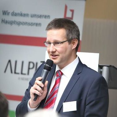 Prof. Dr.-Ing. Sebastian Hollermann